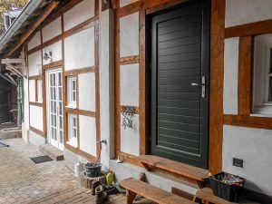 Fachwerkhaus Eingangstüre restauriert