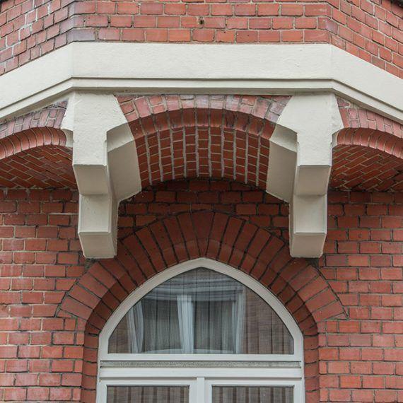 Stuckarbeit an Fassade Detail