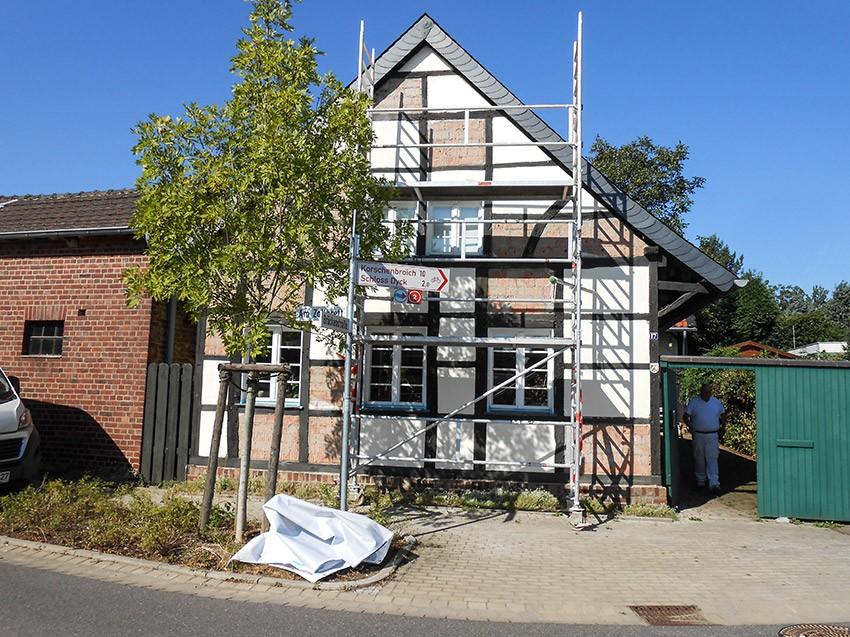 Sanierung Fachwerkhaus Fassade freigelegt